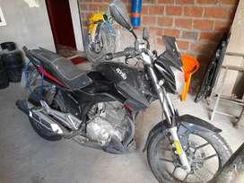 Moto Aprilia 1000