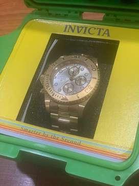 Reloj invita origina