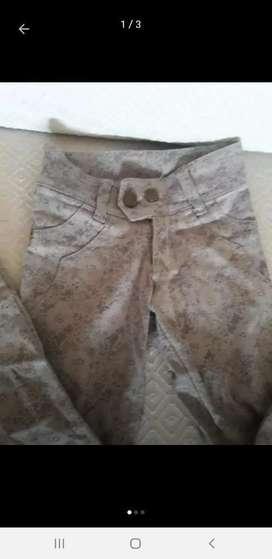 Pantalon Chupin 23 Años