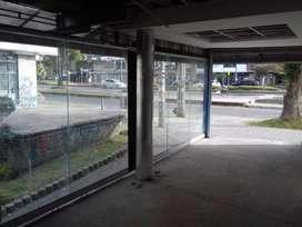 Local Esquinero Universidad Nacional (1 cuadra de la entrada principal)