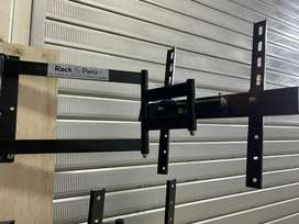 Nesesito instalador de rack con moto para trabajo todo lima   con herramientas trabaje en la molina i surco