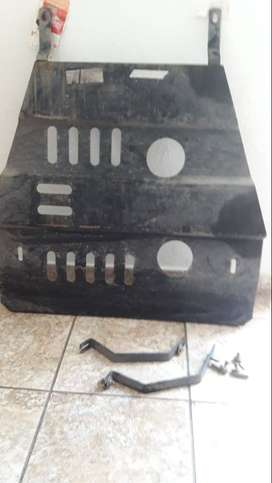 VENDO CHAPON CUBRE CARTER PARA FORD FIESTA KINETIC