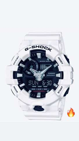 Reloj Casio G Shock Ga 700 7a Blanco Mate Original