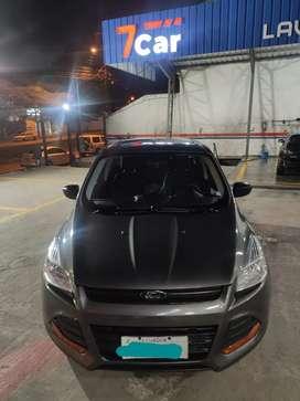 Vendo Ford Escape, color gris, transmisión automática