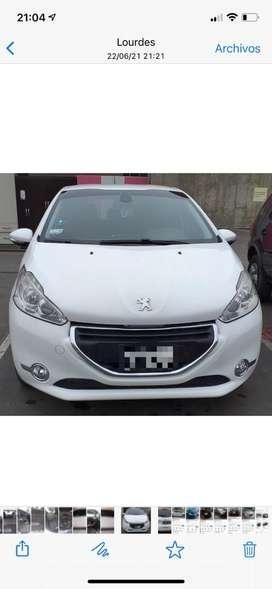 Vendo Peugeot, mantenimientos en concesionario, año 2014, una sola propietaria. Motor 1,600 cc. Precio en dolares.
