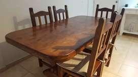 Vedo mesa y sillas