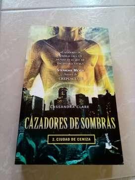 Vendo libros de Cazadores de sombras