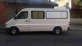 Sprinter 313 furgon vidriado con asientos
