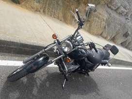 Motocicleta Avenger 220