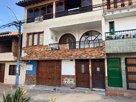 Se vende casa a 3 cuadras del parque principal de La Ceja