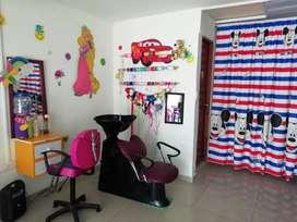 Mobiliario para peluquería infantil