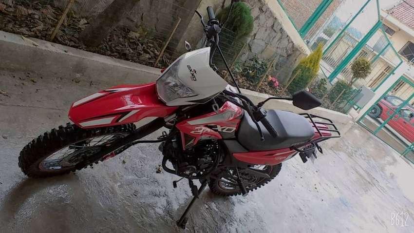 Vendo moto axxo TR1 200