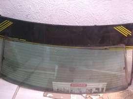 Vendo vidrio panorámico delantero y trasero de mazda 323 modelo nx