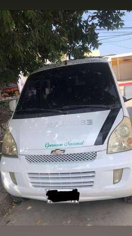 Van Chevrolet N300, Modelo 2013, 7 pasajeros, Servicio público.