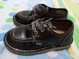 Vendo zapatillas Smith para niño talla 26
