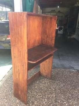 Mueble para tele o computadora