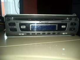 Radio y consola Pioneer DEH 1700