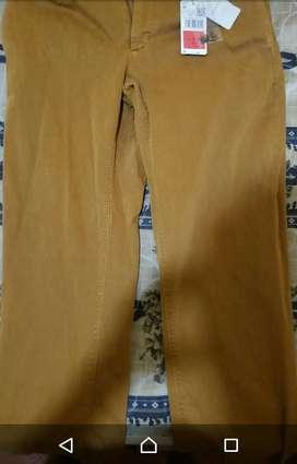 Pantalón de tela