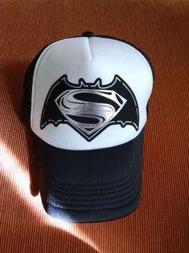 Gorra Batman vs Superman