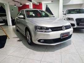 Volksvagen Vento Luxury MT (170cv)