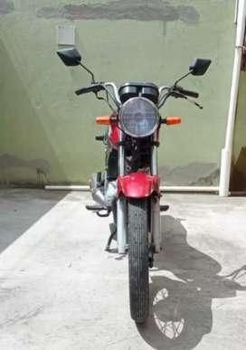 Se vende moto Honda CB1 125cc