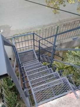 Escaleras metálicas  todos los estilos