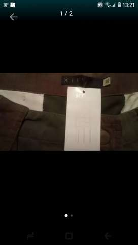 Vendo o canjeo pantalon Kill nuevo con etiqueta