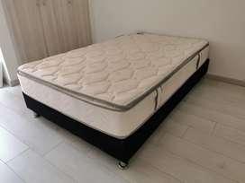 Base cama con colchón semidoble