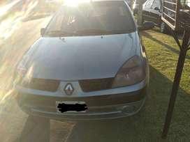 Vendo Renault Clio 2 turbo Diesel Titular al día