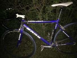 Bicicleta saas rutera