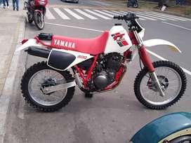 Vendo moto TT 600
