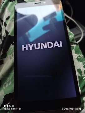 Celular Hyundai