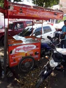Moto triciclo ecodelux  negociable