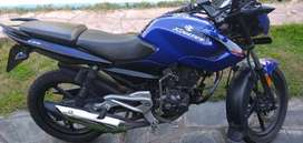 Rouser 135 impecable