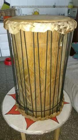 Vendo DUN DUN / SAGBAN africano, con mochila a medida. Ideal para dun dun dance, clases de danza o estudiar.