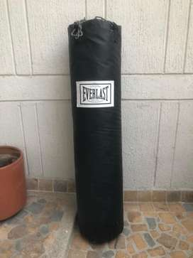 bolsa de boxeo Everlast con soporte