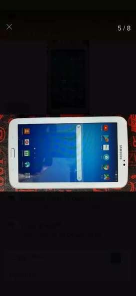 Tablet Samsung de 7 pulgadas en buenas condiciones