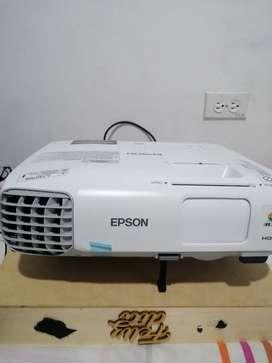 Vendo equipo  marca EPSON en buen estado