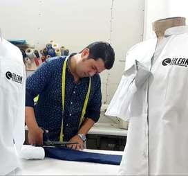 Uniformes para empresa. Camisas pantalones camisetas jeans