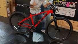 Bicicleta MTB TREK MARLIN 6. NUEVA.