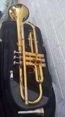 Trompeta YTR 2320 Y 2335 YAMAHA