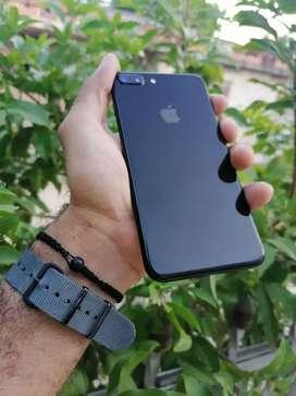 Iphone 7 Plus 32 jet black GB excelente estado