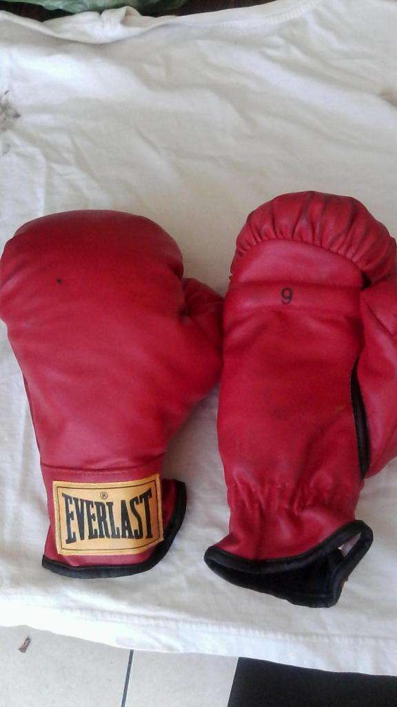 GUANTES DE BOX Y DE KARATE 0
