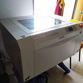 Maquina de corte Láser