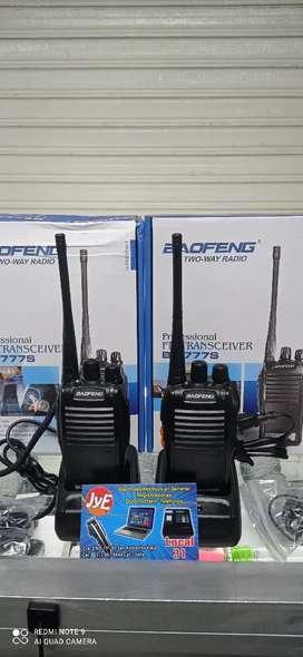 Vendo radios de comunicación punto a punto 16 canales alcance 5 cuadras en ciudad y 2 kilómetros en campo abierto