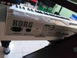 Oportunidad dos pianos korg kronos y korg m3