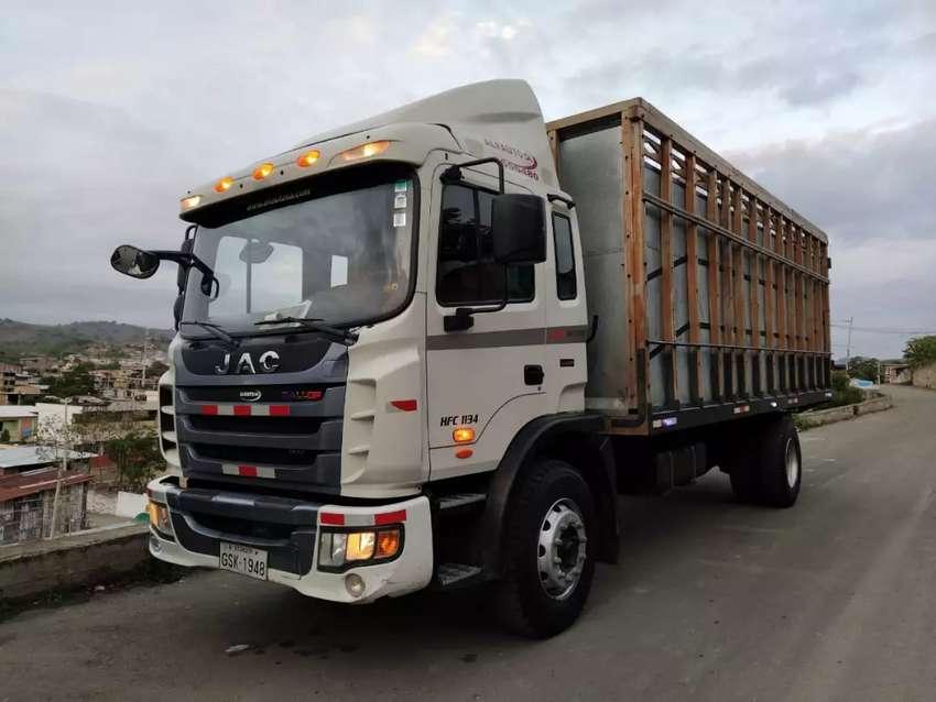 De oportunidad  se  vende un camion marca JAC. 0