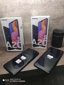 SAMSUNG A20S 32GB/3 RAM SIN USO ORIGINALES Y LIBRES