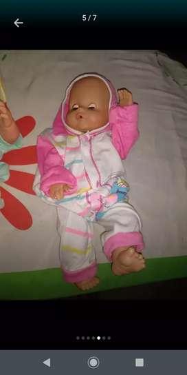 Muñecas usadas