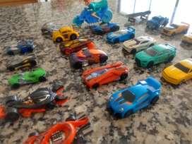 Lote carros ,la mayoría en metal los últimos 4 de la foto son Transformer
